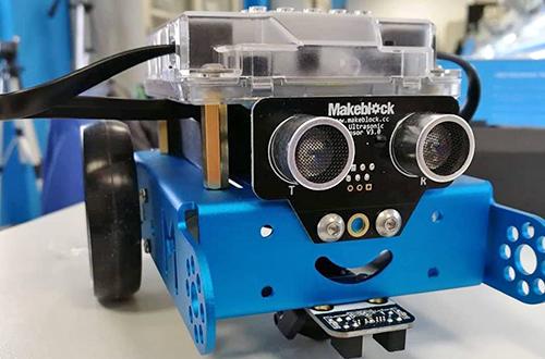 progetto 4h -robottino realizzato dal laboratorio di robotica